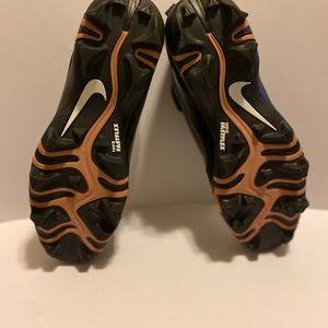 Nike Shoes - NIKE HYPERDIAMOND  2.5 WOMENS SOFTBALL CLEATS